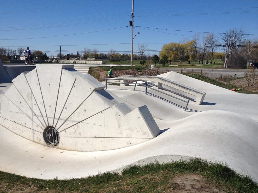 Fort Erie skatepark 5