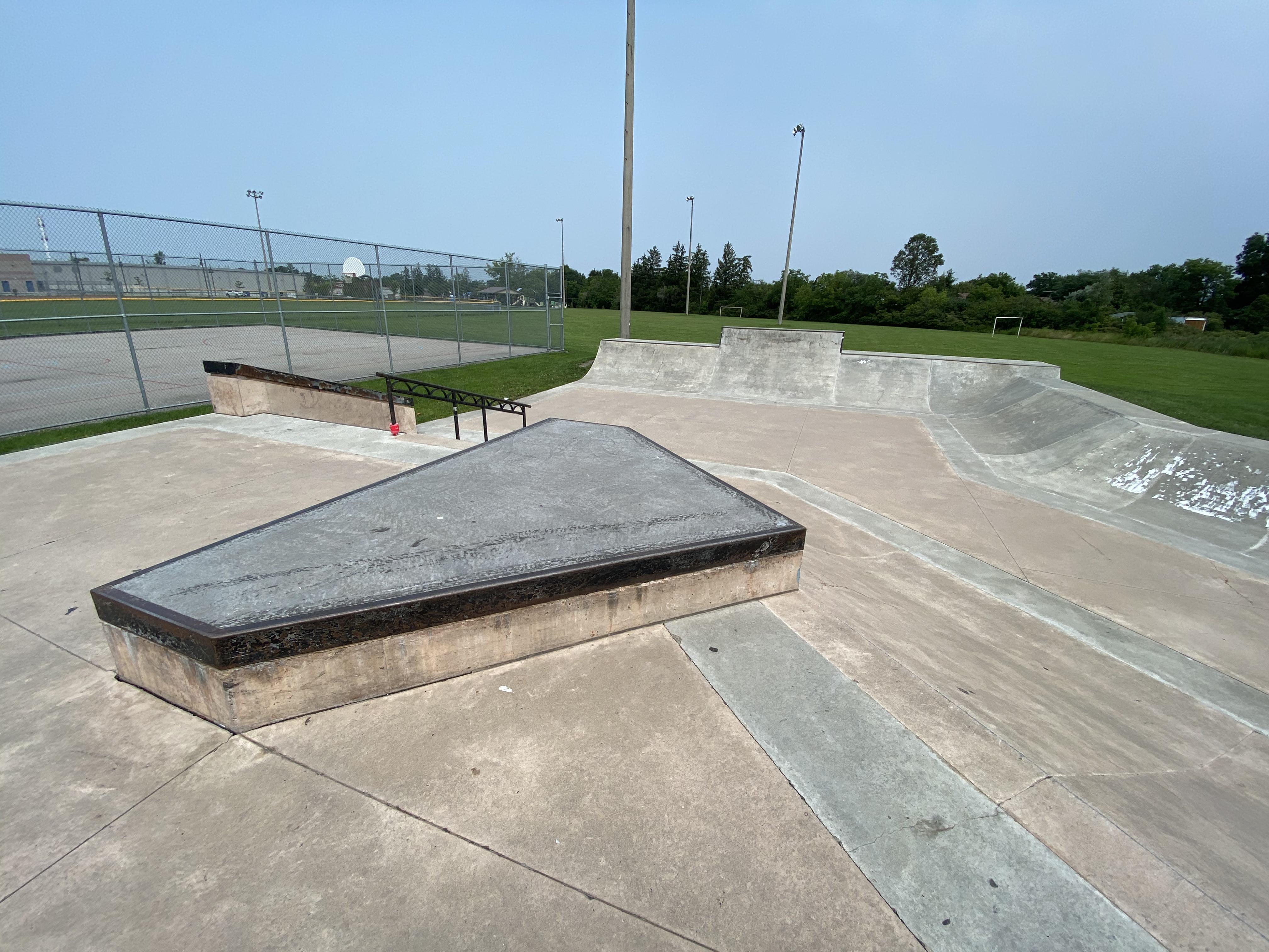Caledonia Skatepark from left side