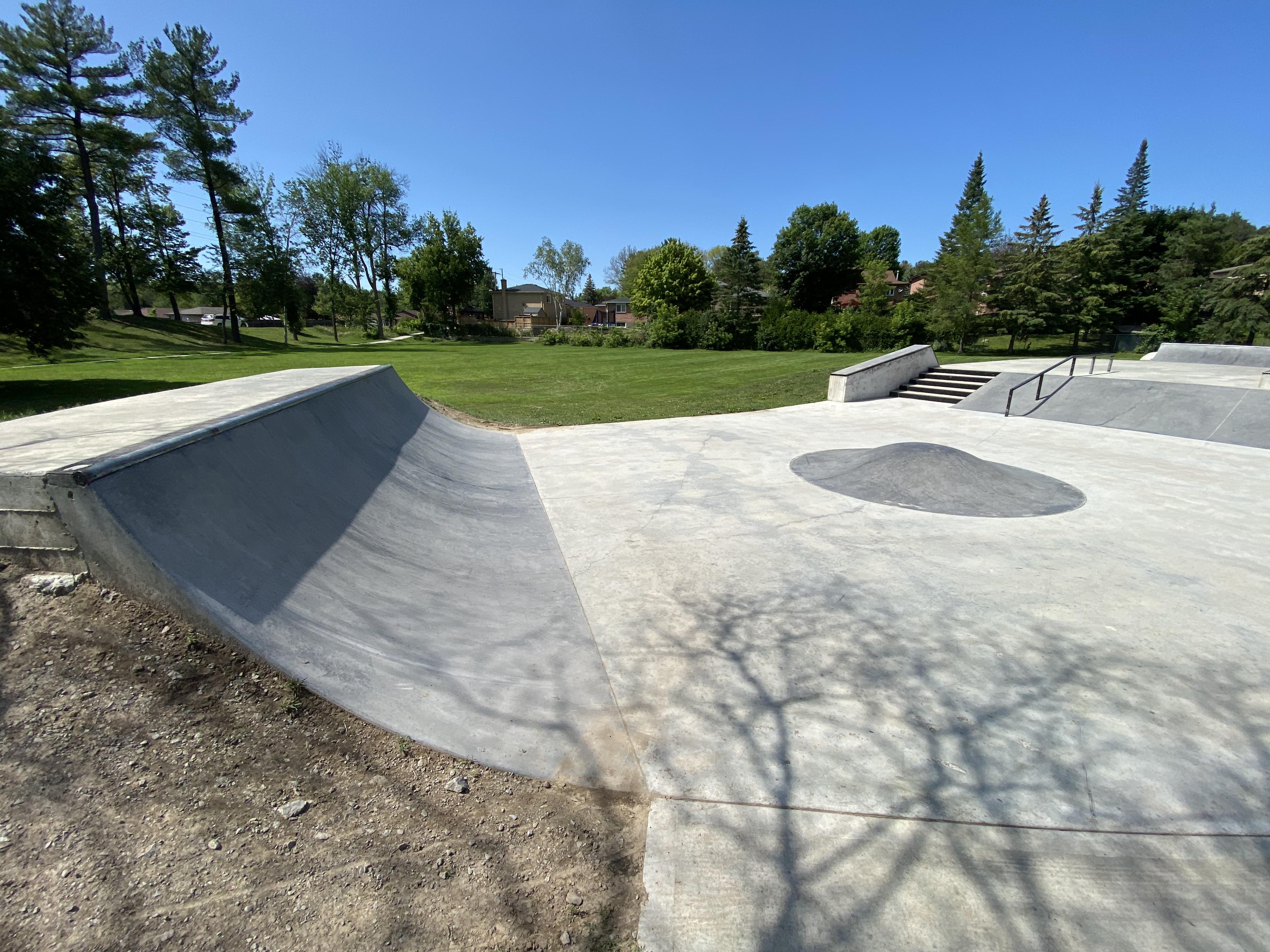 holland landing skatepark from the side