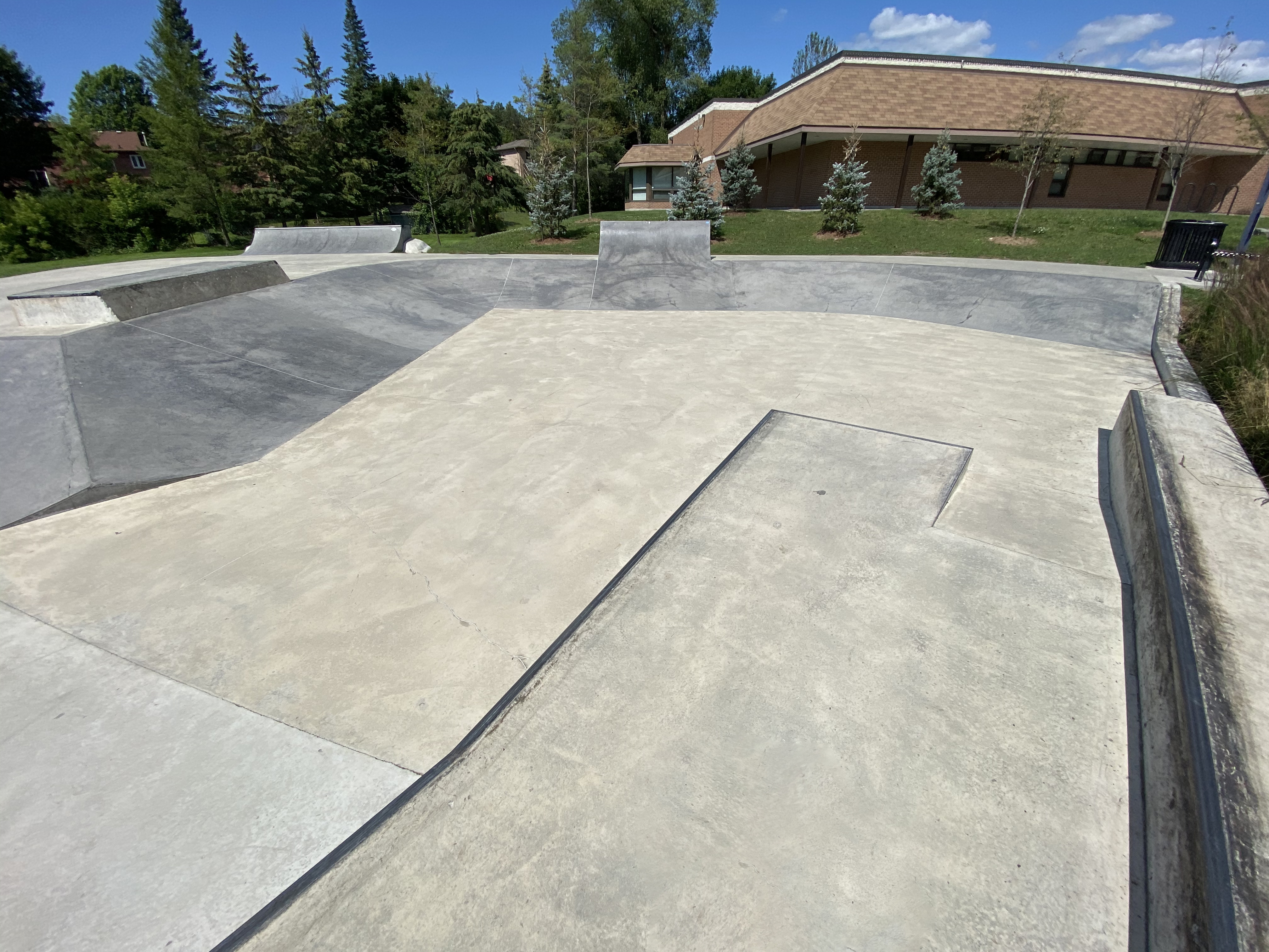 holland landing skatepark from the middle looking toward the entrance