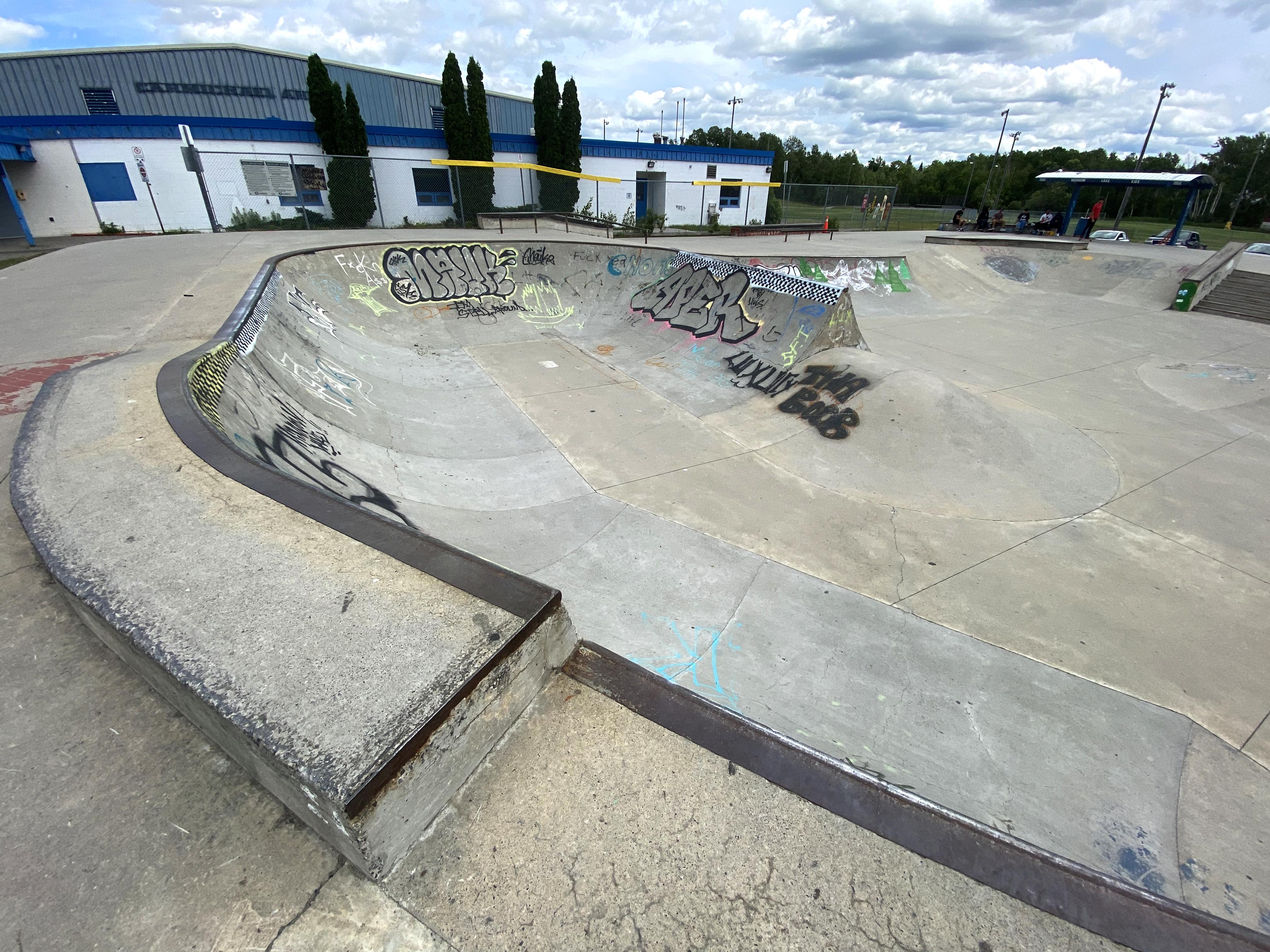 Sudbury Skatepark bowl