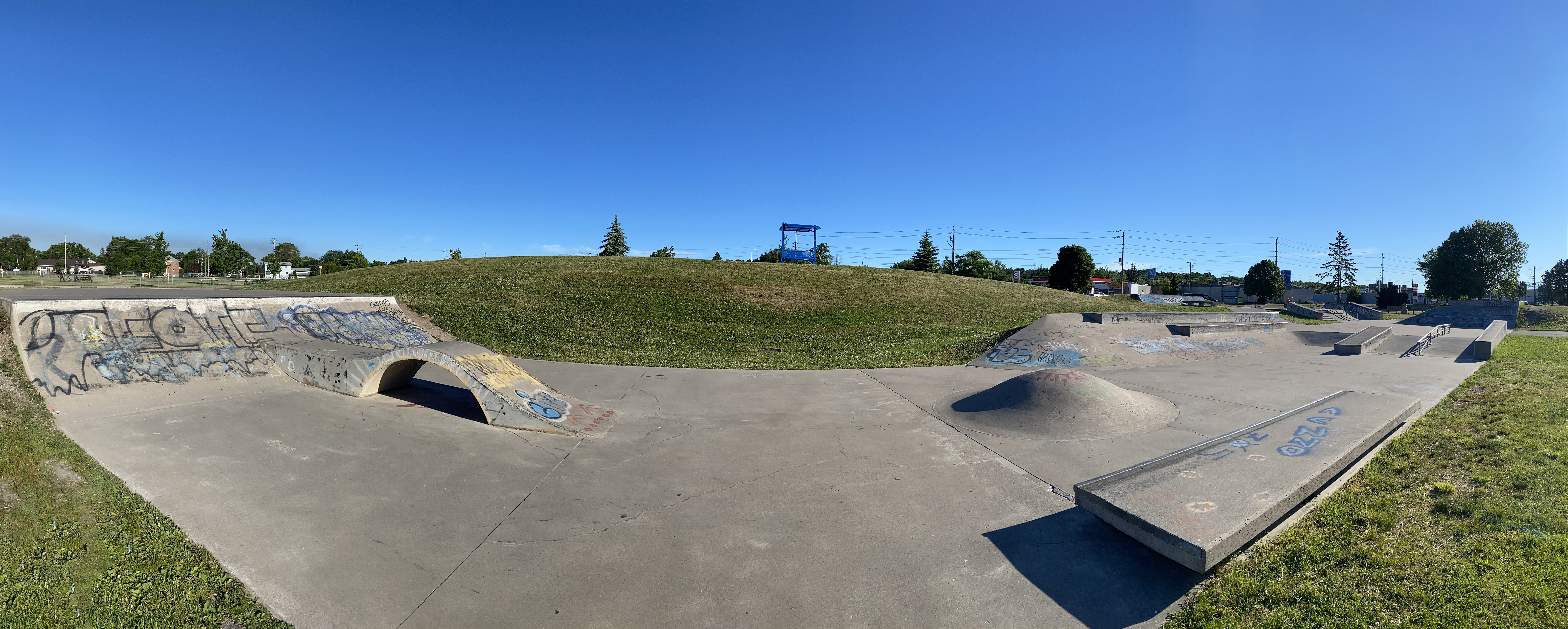 sault-ste marie skatepark panoramic from the rear section