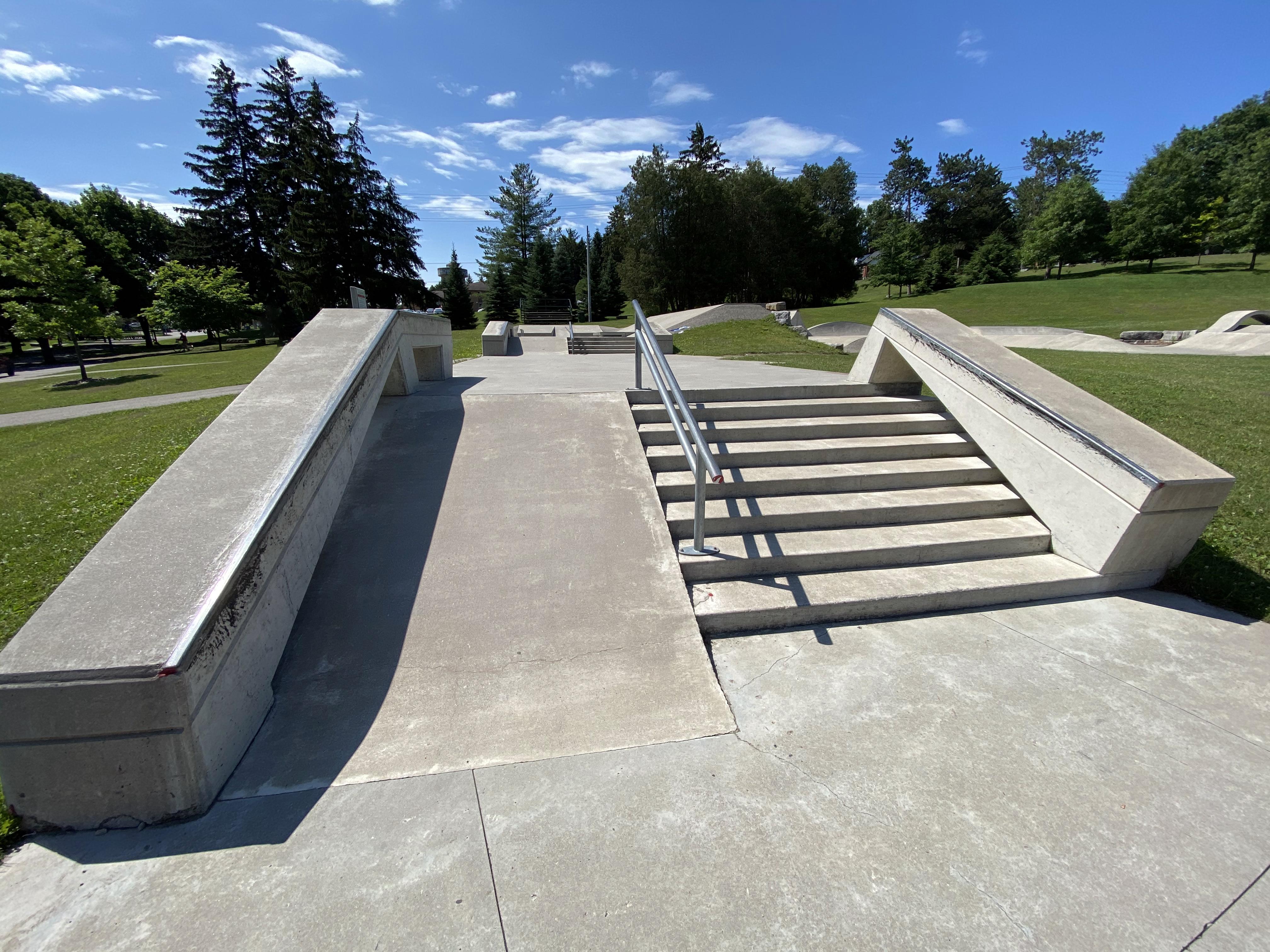 woodstock skatepark plaza section stair set